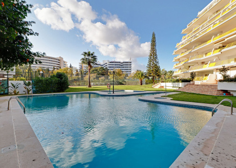 VILAMOURA DESIGN WITH POOL by HOMING