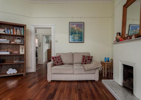 Contemporary Shepherd's Bush Apartment - SSM