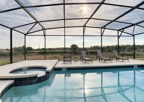 Private Home with pool and spa overlooking water - #515
