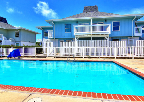 Beach Access! Golf cart Accessible boardwalk! 2 Community Pools!