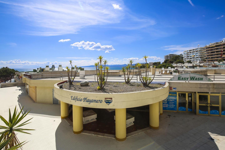 PLAYAMERO con vistas al mar, enfrente de playa Cap Slide-38