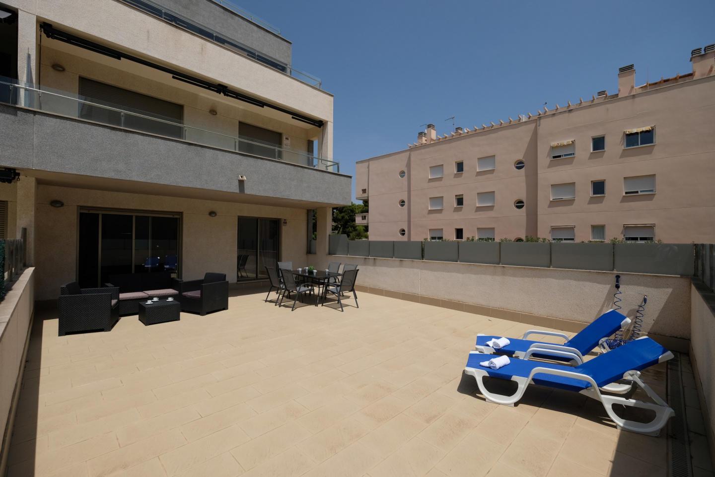 M.TRAMUNTANA con piscina, pista de tenis y pádel Slide-2