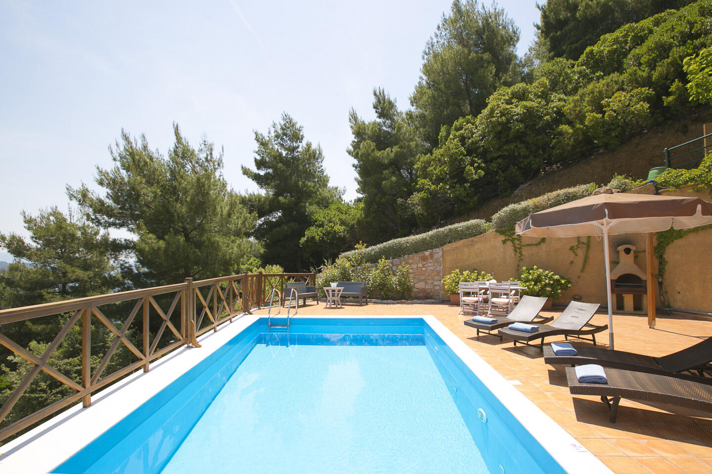 Europa,2br,2bth Villa With Private Pool And Stu... Slide-1