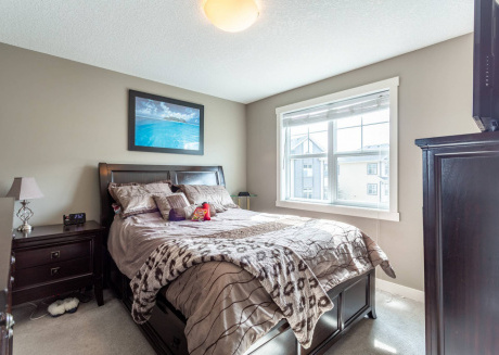 Upscale Townhome,banff,spruce Meadows ,pets