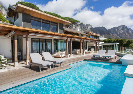 An Amazing Villa with wonderful views of the ocean