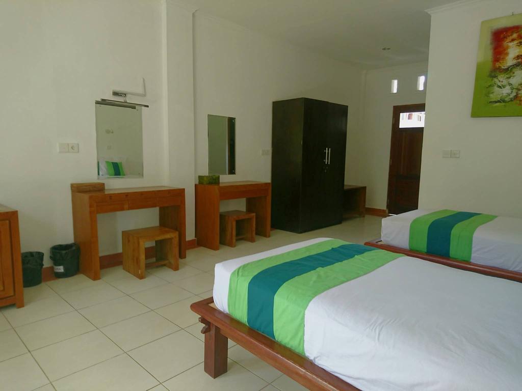 Rive Ubud Hotel Room 2 beds Mountain View Slide-3