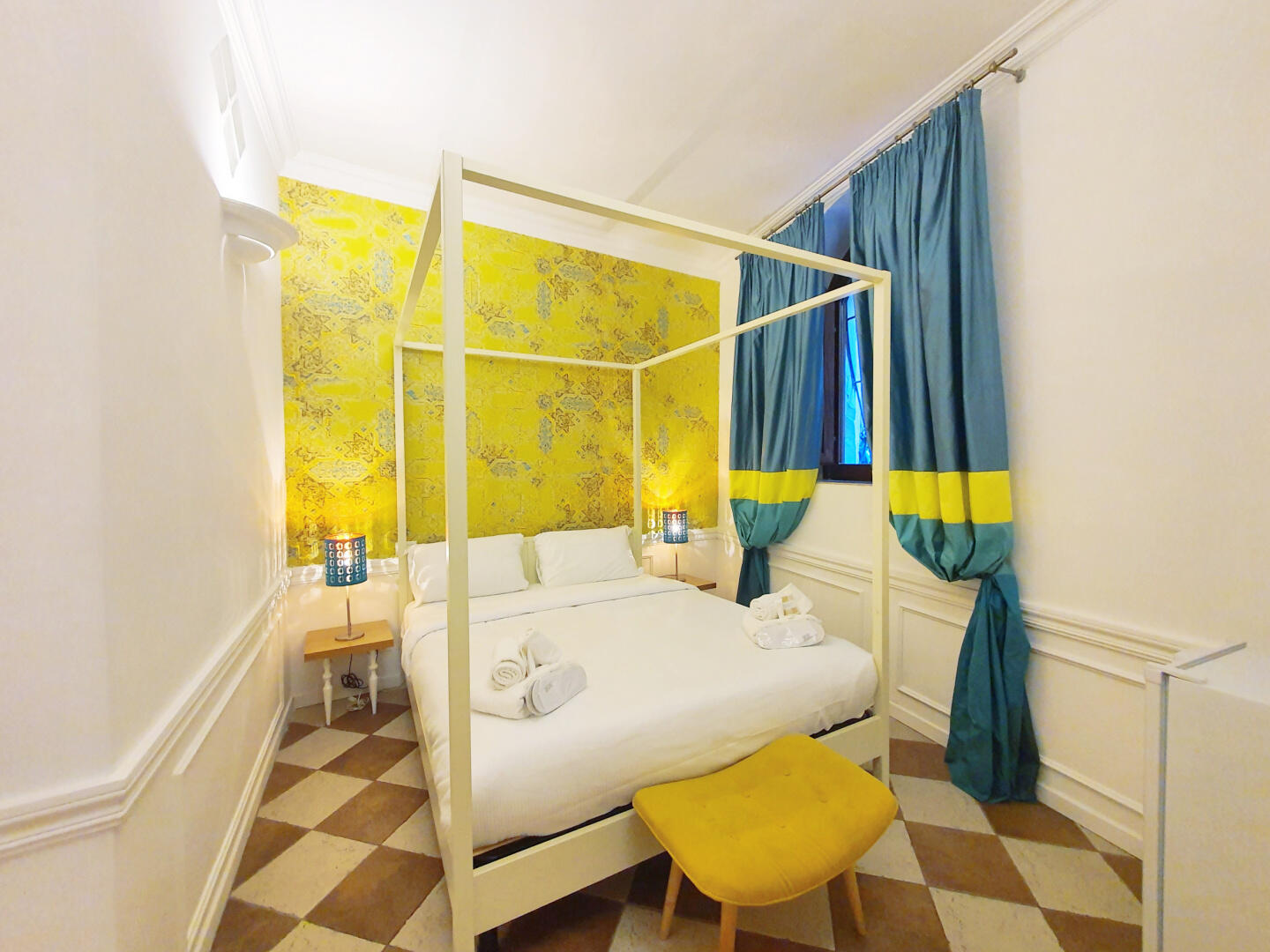Trevi Holiday | Dream Stay for 2 in Heart of Rome! Slide-1