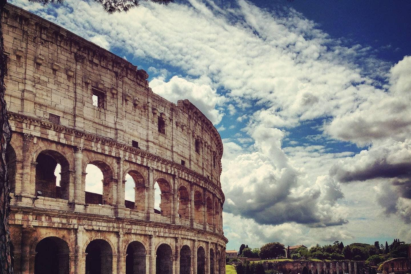 Trevi Holiday | Dream Stay for 2 in Heart of Rome! Slide-3