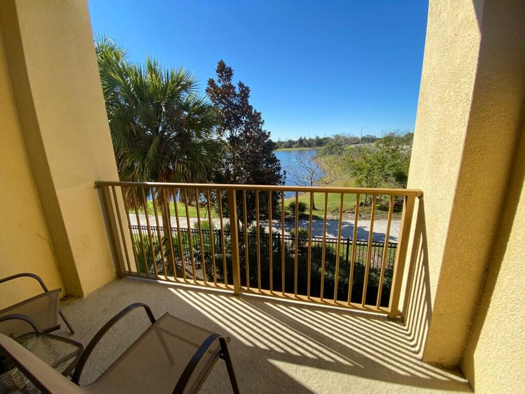IS1-208 Great View 3 Bedroom by Convention Center Slide-62
