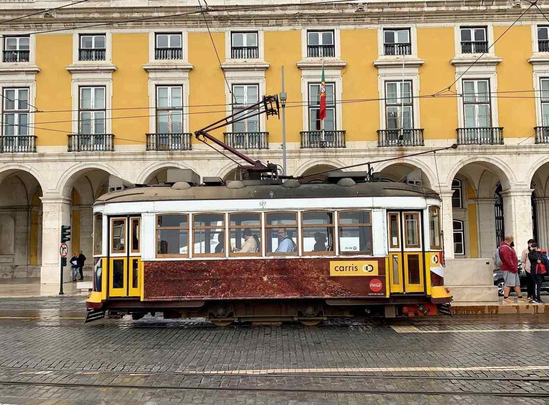 Lisbon background image